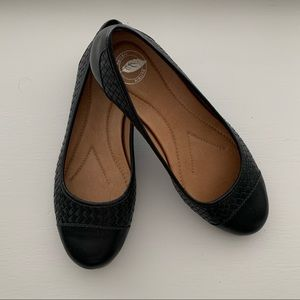 Nurture Charliee Black Leather Woven Slip on Flats